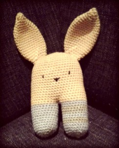 knuffel konijn rammelaar