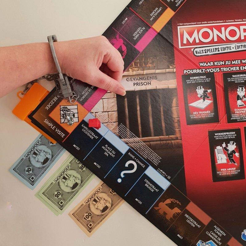 Monopoly valsspelers editie - in de boeien
