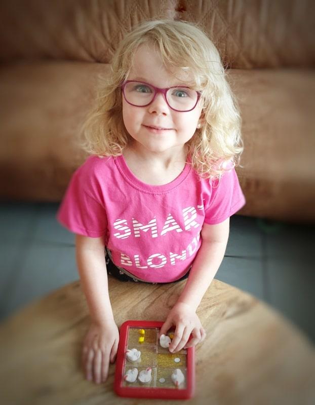 ONE design smart blonde